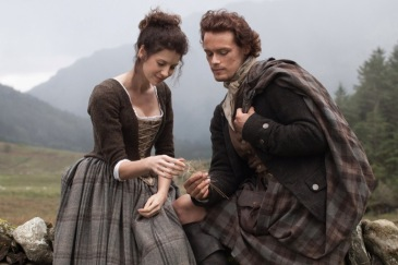 OUTLANDER - Season 1 - Claire Randall (Caitriona Balfe) andn F Jamie Fraser (Sam Heugan) - Photo Credit: Nick Briggs/Sony